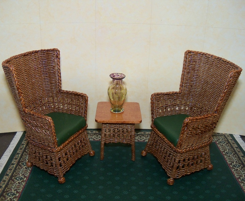 Square wing chair