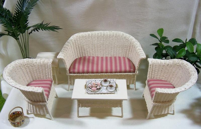 New wicker furniture style
