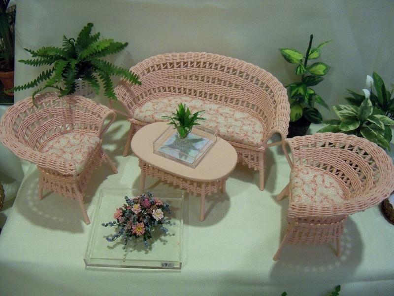 Pink wicker set