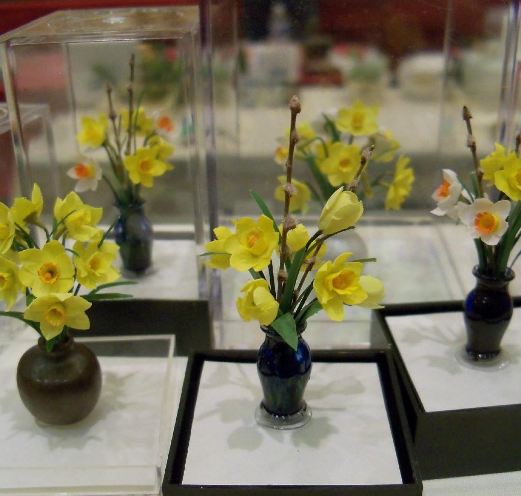 Daffodils and tulips vase