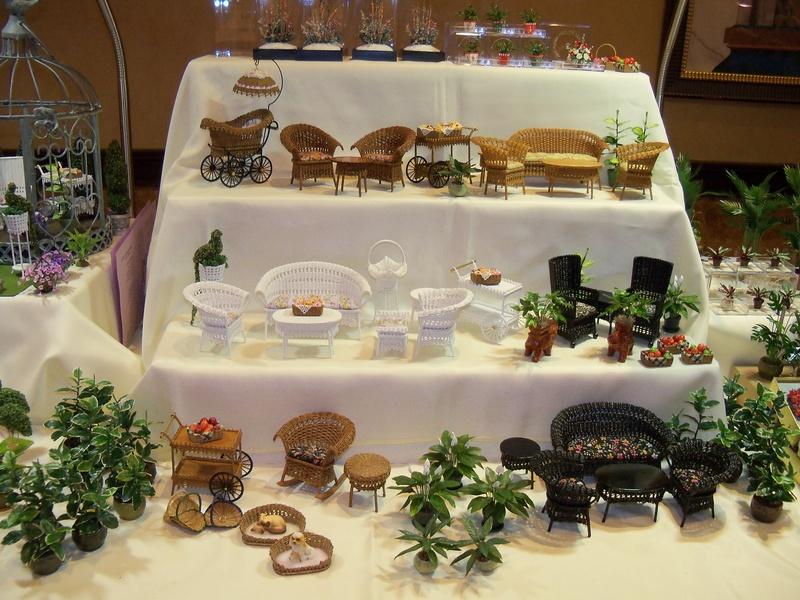 Aztec Show Furniture